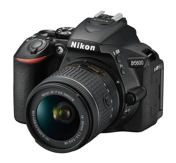 Cámara réflex Nikon D5600 - Frontal